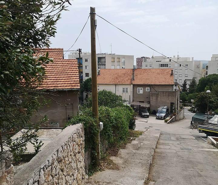 Brza reakcija Hrvatskog Telekoma. Stup u ulici Augusta Cesarca već sutradan je bio popravljen