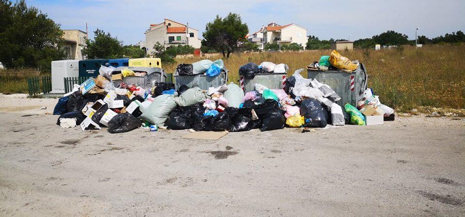 Bezbrižno ostavljanje smeća na Tromilji